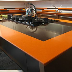 Orange-Kueche-1